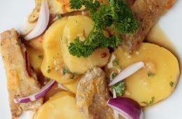 Kartoffelsalat mit gebackenen Austernpilzen