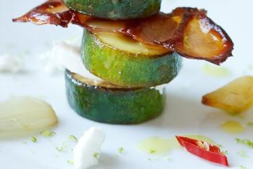 mariniertes-zucchini-ziegenkäse-tuermchen
