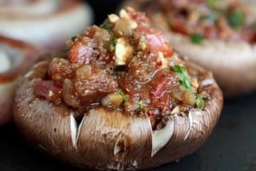 gefuellte-portobello-pilze-vom-grill