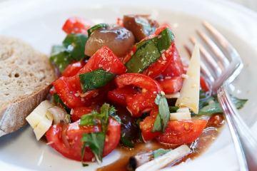 tomaten-cipolle-salat
