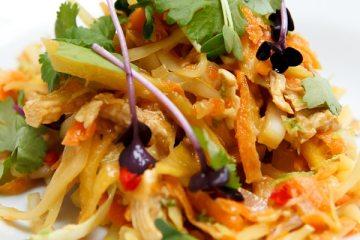 thai-huehnchen-kraut-salat-mit-koriander