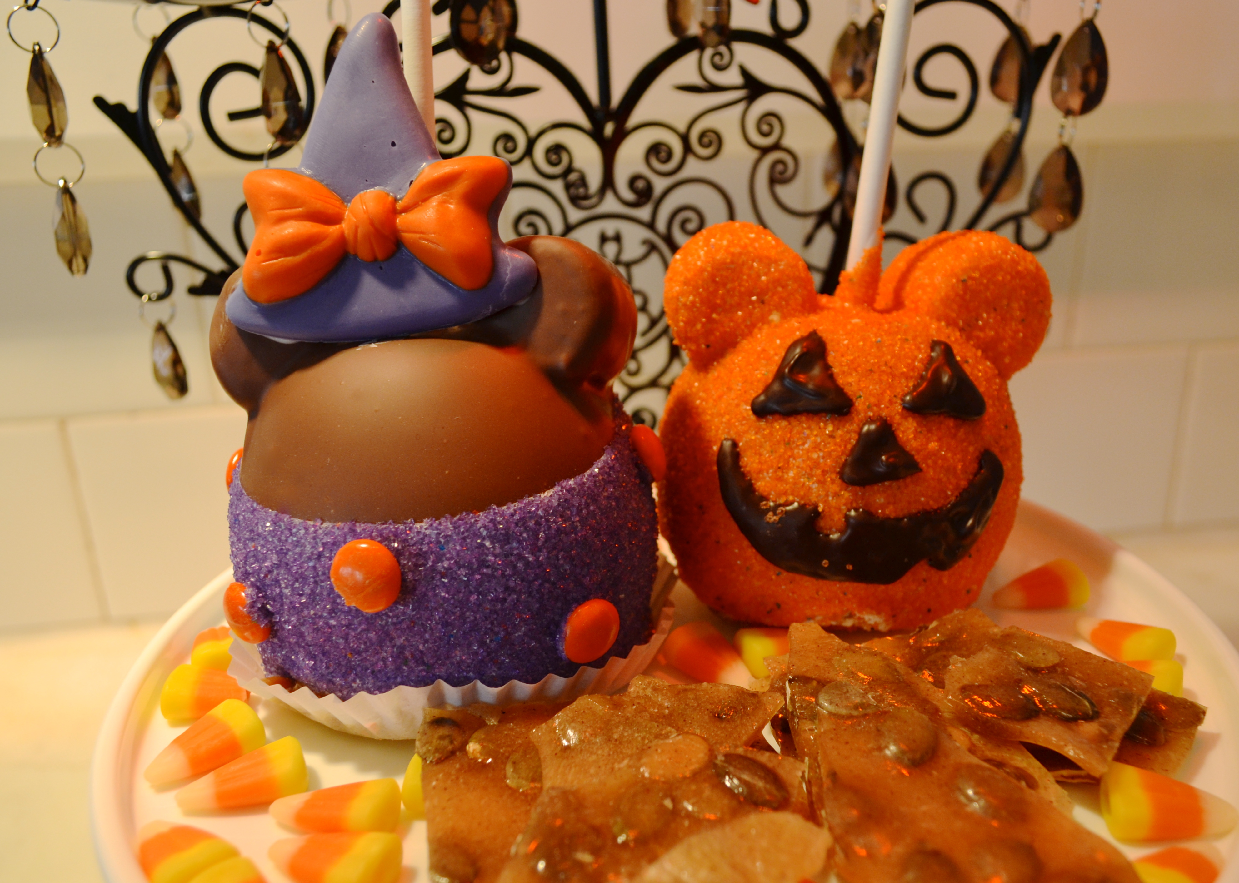 Pizza Wallpaper Cute Special Halloween Treats For A Limited Time At Disneyland