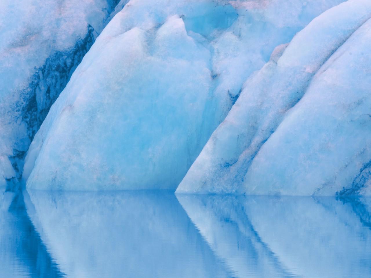 Seasonal Wallpaper For Iphone Crisp Ice Hd Wallpapers