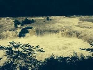 Earth shaking power at Rock Island Falls