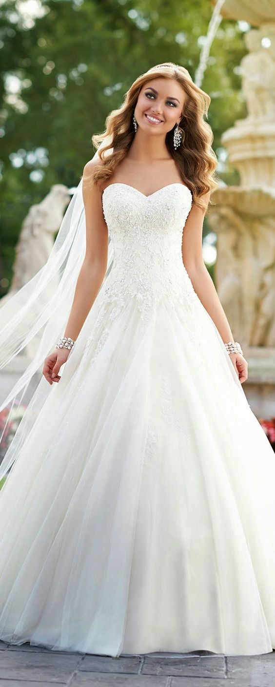 8 sweetheart wedding dresses Sweetheart Lace Wedding Dresses