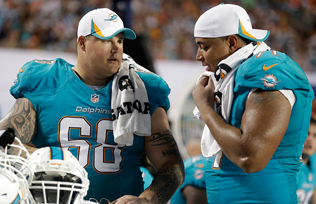 Richie Incognito and Jonathan Martin were once united by their (jersey) color. Now, they're divided by (among other things) color. But who really gets their teammates support?