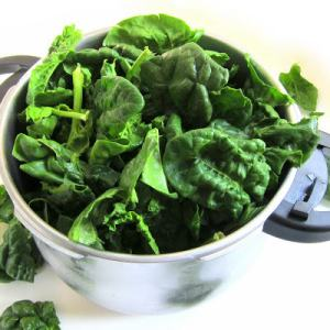 New Pressure Cooker Tip: Taming Leafy Greens!