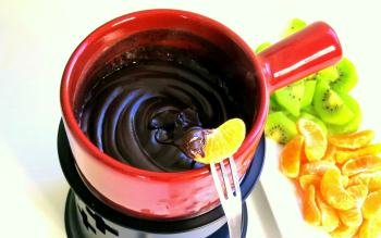 Hot Hot, Hot Chocolate Fondue!