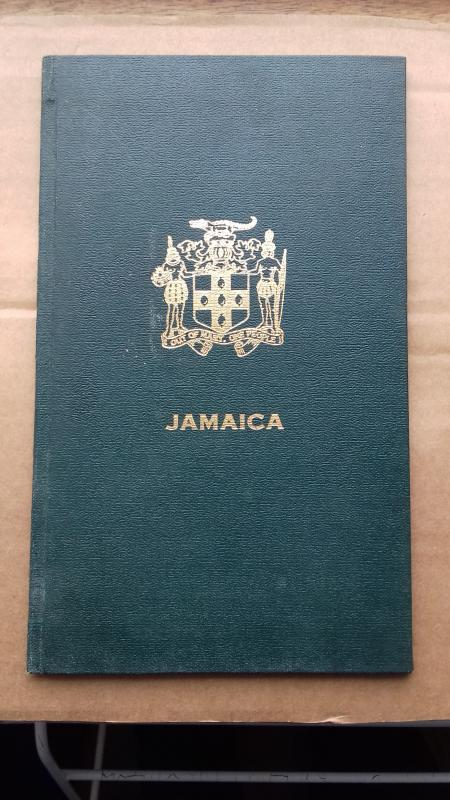 JAMAICA presentation album with stamps Difficult to obtain / HipStamp