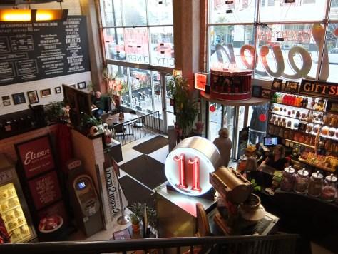 Hipstorical: Eleven City Diner Chicago Interior