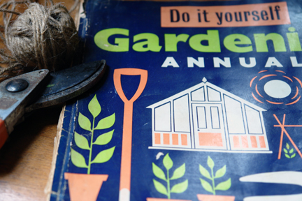vintage &quot;Do it Yourself Gardening Annual 1960&quot;