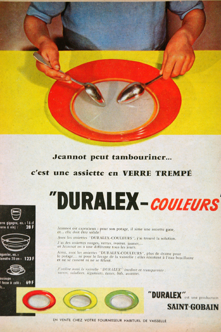 "Advertisement for Duralex from a vintage 1950s French ""L'Echo de la Mode"" magazine"