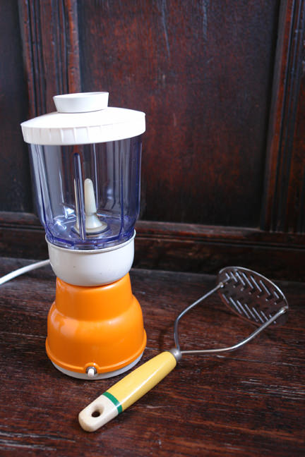 orange & white vintage electric food grinder