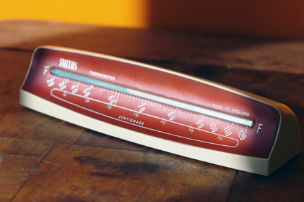 vintage Smiths desktop thermometer