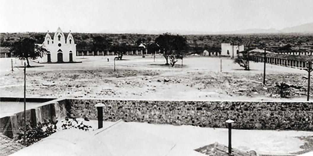 Vila da Pedra em 1929 com a igreja de 1920