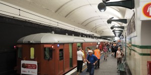 Return of the Red Rattler - Vintage train returns to the City Circle