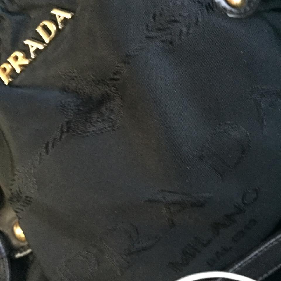 尼龍質的袋在名牌市場上屬少數。 網上圖片