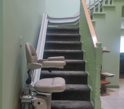 Curved Stairlift In North Vancouver Hme Stairlifts