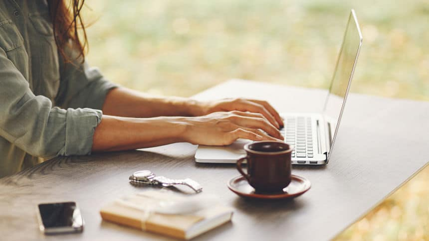 How to Write an Impressive Cover Letter From Scratch in 30 Minutes