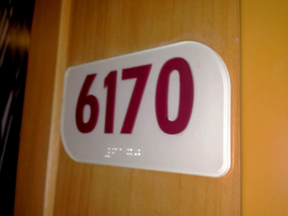 Holiday signals braille and tactile signs for Quali sono le migliori cabine su una nave da crociera