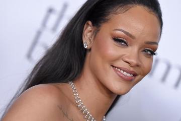 SANTA MONICA, CA - DECEMBER 10:  Recording artist Rihanna arrives at Rihanna and The Clara Lionel Foundation Host 2nd Annual Diamond Ball at The Barker Hanger on December 10, 2015 in Santa Monica, California.  (Photo by Axelle/Bauer-Griffin/FilmMagic)