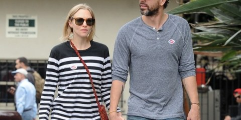 amanda-seyfried-is-expecting-first-child-with-thomas-sadoski