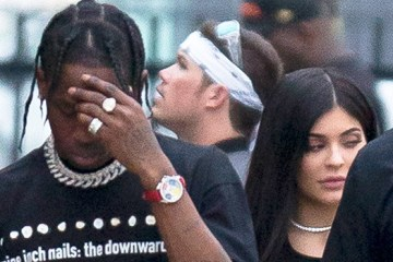 kylie-jenner-travis-scott-split-ftr
