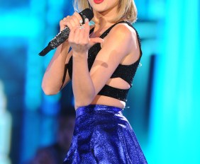 Mandatory Credit: Photo by REX/Shutterstock (4775359bw) Taylor Swift Rock in Rio USA, Las Vegas, America - 15 May 2015