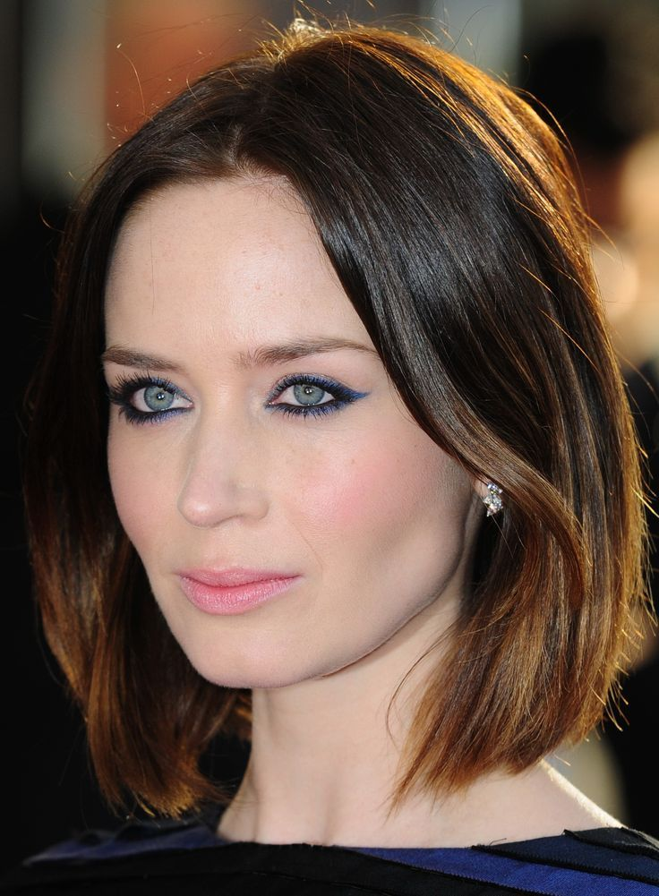 Stylish Cute Wallpapers Hd 75 Emily Blunt Cool And Stylish Images And Hd Wallpapers