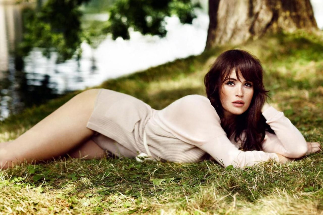 Very Stylish Girl Wallpapers 50 Gemma Arterton Nice Pictures And Cool Hd Wallpapers