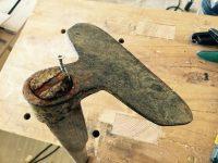 Frhlingsanfang - Alte Feldhaue aufarbeiten - Holz und Leim