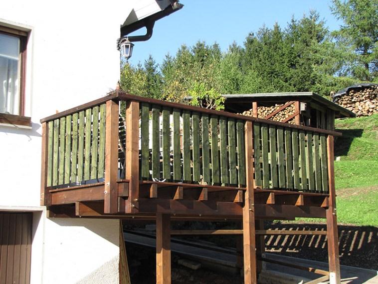 Balkon freistehend, Terrassendeck