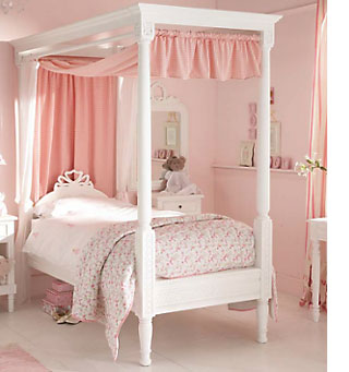 Bedroom Paint Designs Ideas HOME DZINE Bedrooms   Beautiful bedroom for a little lady
