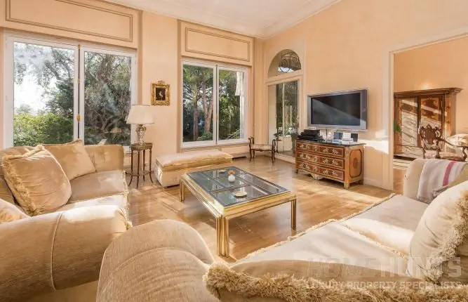 8 Essential Interior Design Trends in Luxury French Property