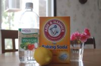 How to Clean Toilet with vinegar and Baking Soda ...