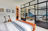 Bedroom design ideas: Open-concept bedrooms with glass ...