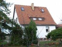 Einfamilienhaus m.groem Nebengebude - HomeBooster