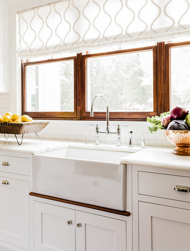 Choosing Window Treatments for your Kitchen Window - Home Bunch - kitchen window treatments ideas