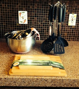 Kitchen Sets - Mixing Bowls And Bamboo Cutting Boards Review
