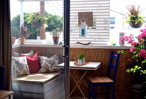 Interesting Ideas For Decorating Apartment Balconies