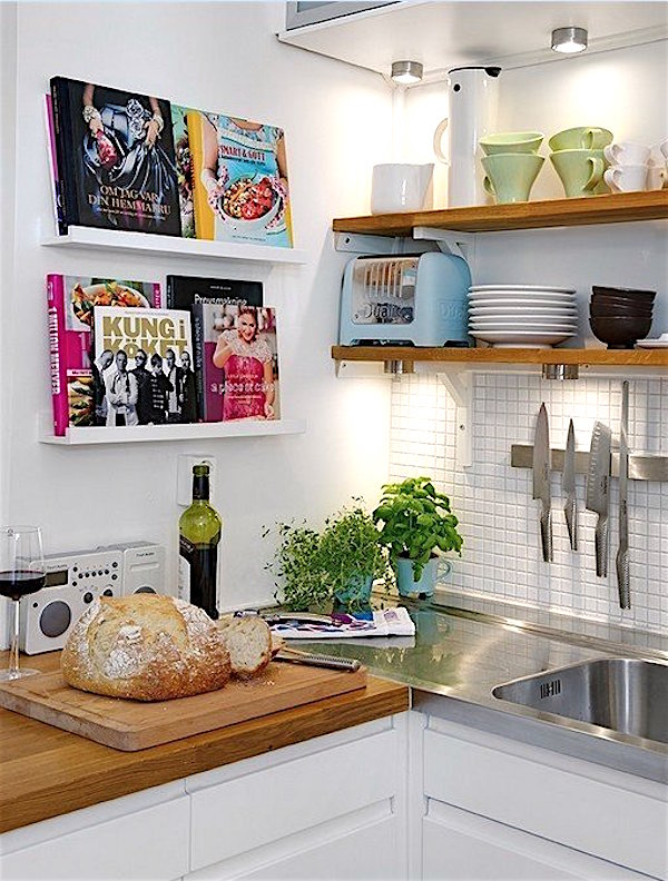 10 Kitchen Shelving Ideas to Display your Gorgeous Dishes - kitchen shelving ideas
