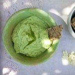 CREAMY GREEN PEA & AVOCADO DIP