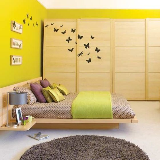 10 Interior Design Ideas Make Your Small Bedroom Look Bigger On A Budget Add Large Painting