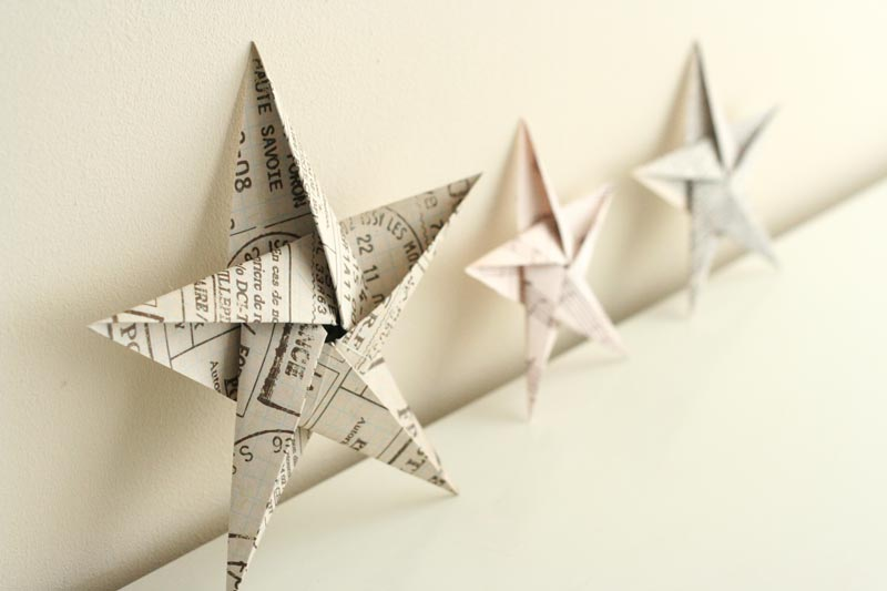 Folding 5 Pointed Origami Star Christmas Ornaments - christmas star decorations