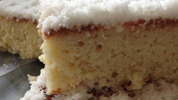 bolo-de-coco-gelado