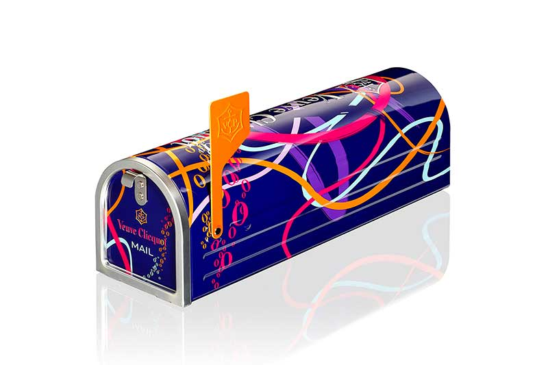 Mailbox-Veuve-Clicquot2