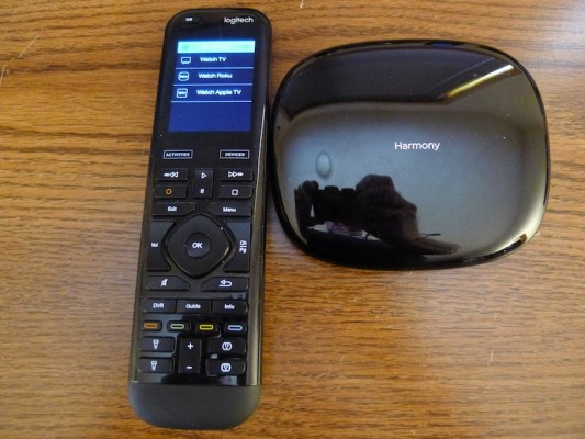 Harmony Elite Remote & Hub