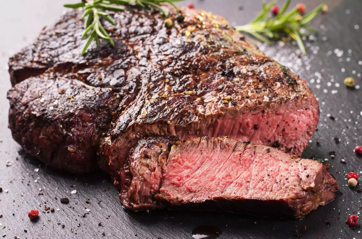 5 Pro Tips - Grilling The Perfect Steak