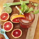 <b>On Sundays We <i>Drink</i> Breakfast</b> &#8211; Brunch Cocktails &#038; Coffee Drinks