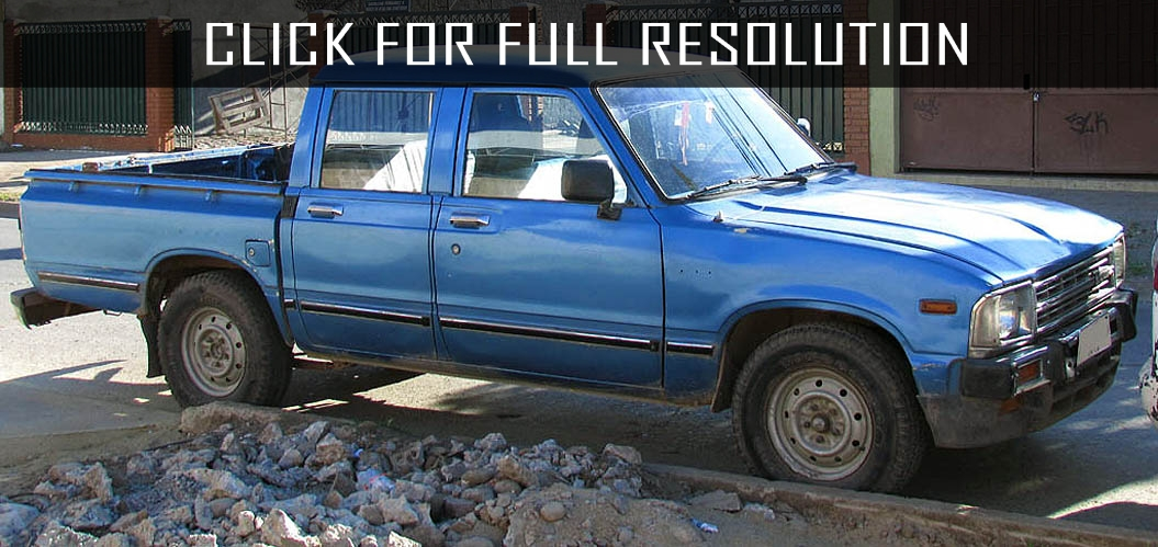Toyota Hilux 1984 - reviews, prices, ratings with various photos